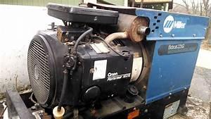 Miller Bobcat 225g Welder 8000kw Generator Onan 16 Hp