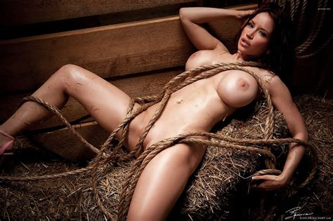 Wallpaper Bianca Beauchamp Redhead Boobs Nude Busty Babe Rope Hay Sexy Plum Canadian