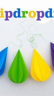 3D Raindrops - 7 Cute DIY Rain Cloud Mobiles ... DIY