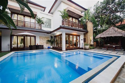Living Room Restaurant Seminyak by Sinta Villa Luxury Villa In Seminyak Bali