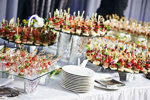 Support Photo Original : 12 id es pour un joli buffet de mariage fait maison pinterest buffets de mariage brochettes ~ Teatrodelosmanantiales.com Idées de Décoration