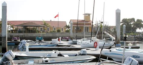 Boat And Slip For Sale San Diego by Boathouse Marina Marine Corps Community Services Mcrd