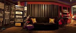 Motley Crue's Tommy Lee opens Recording Studio | Dolphin Music
