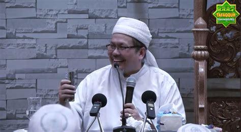 Setelah pernyataan resmi dari rs tabrani pekanbaru bahwa ustad tengku zulkarnain meninggal dunia selengkapnya. Umat Islam Makar dan Teroris? Kami Bela Agama Allah - B ...