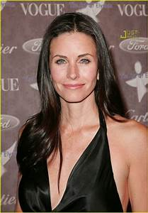 Courteney Cox Supports The Art of Elyisum: Photo 848781 ...