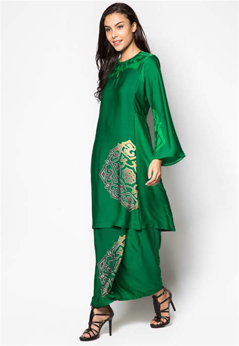 lovingcurves malaysian traditional malay wear