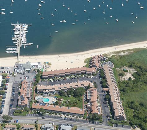 Hyannis Vacation Rental Condo In Cape Cod Ma 02601