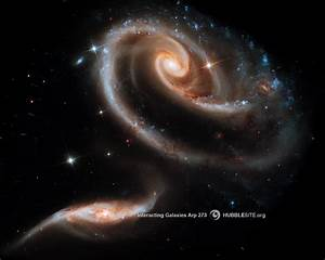"""HubbleSite - Wallpaper: A """"Rose"""" Made of Galaxies: Arp 273"""