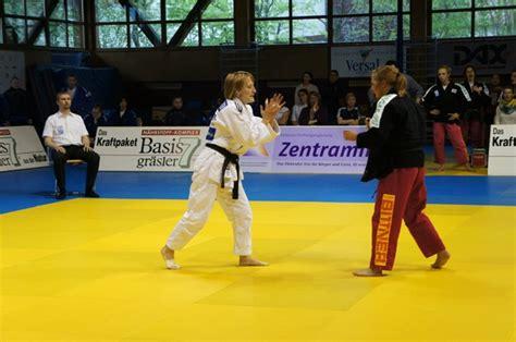 saisonstart in der frauen bundesliga saisonauftakt in der bundesliga frauen judo gr 246 benzell 600 | Buli Alex B