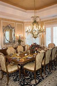 Object moved for French provincial dining rooms