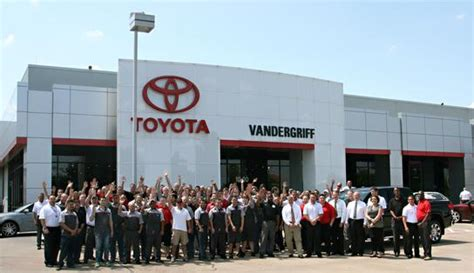 Vandergriff Toyota Arlington by Vandergriff Toyota Car Dealership In Arlington Tx 76017