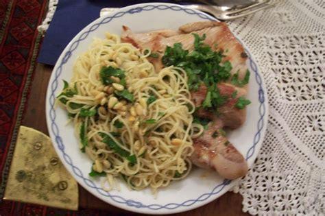 recette pates al ail grillade de porc aux pates a l ail et aux pignons recette