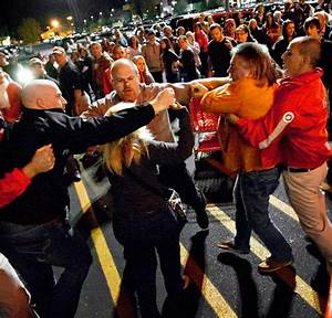 Black Friday: Shopping frenzy sweeps nation on busiest ...