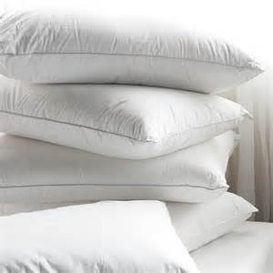 Dunlopillo Bantal Downfeather Pillow Bed Mattress Sale