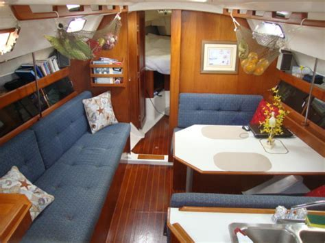 1986 Hunter 34 sailboat for sale in Outside United States