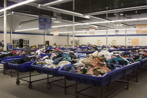100 goodwill furniture donation oc goodwill boutique in