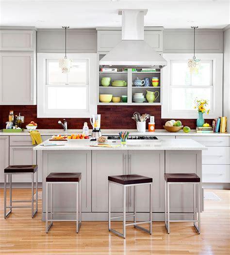 grey kitchen color schemes k 252 che r 252 ckwand 35 ideen mit wandfliesen und mosaik 4072