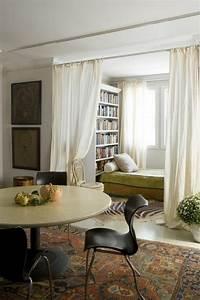 Rideau Séparateur De Pièce : la s paration de pi ce amovible optez pour un rideau rideau pinterest rideau blanc ~ Teatrodelosmanantiales.com Idées de Décoration