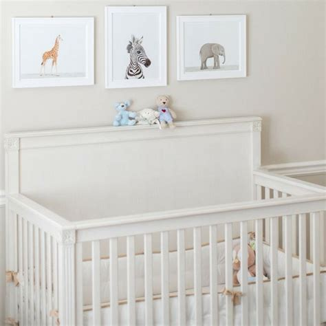 chambre de bébé design une chambre bébé blanche design et classique à la fois