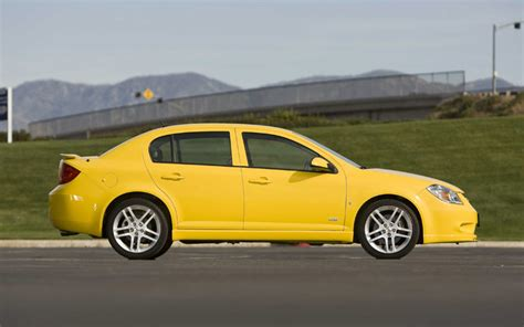Motor Trend Car Comparison by Small Fast Sport Compact Car Comparison Motortrend