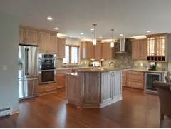 Minimalis Large Kitchen Islands With Seating Gallery Expansive Rustic Kitchen With Island Seating Traditional Kitchen