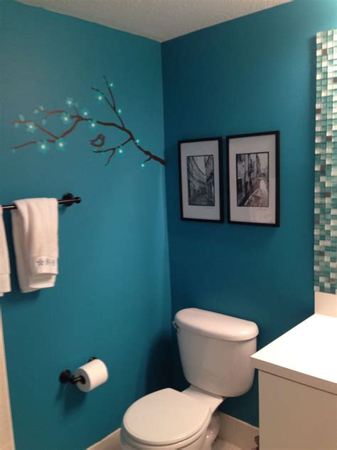 love black  whites    teal bathroom