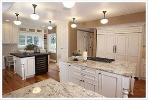 what color granite countertop goes with white cabinets With what countertops go with white cabinets