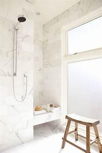 Salle De Bain Marbre Blanc : salle de bain marbre blanc pour afficher une classe intemporelle salle de bain salle de bain ~ Nature-et-papiers.com Idées de Décoration