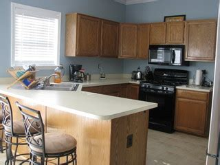 how to remodel kitchen cabinets you gel stained your oak cabinets 8865