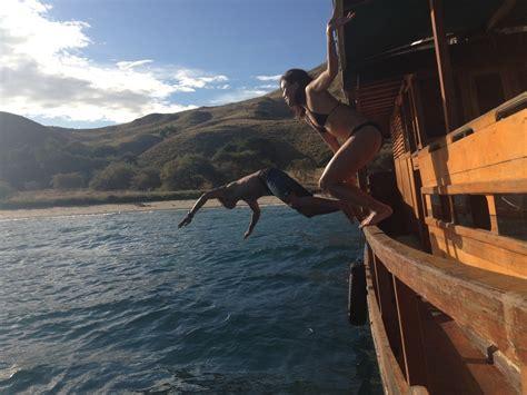 Boat Trip Around Komodo Island by Mareyne Home