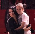 Jessie J Invites 10-Yr-Old Onstage During Concert ...