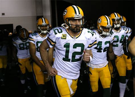 nfl releases complete  green bay packers schedule