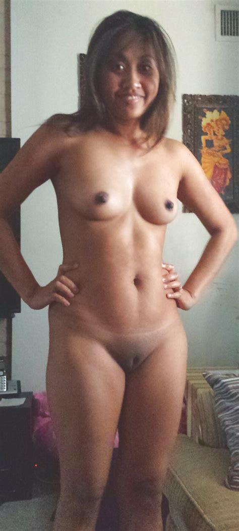 indonesian wife 14 pics