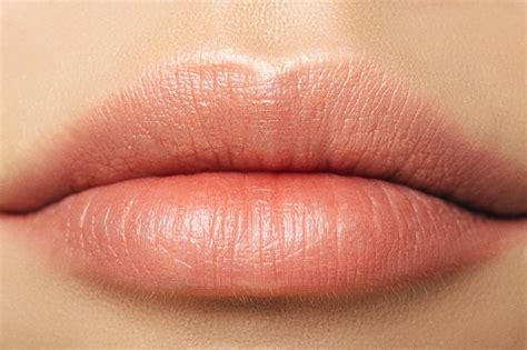Here's How To Pick The Perfect Lipstick For Your Skin