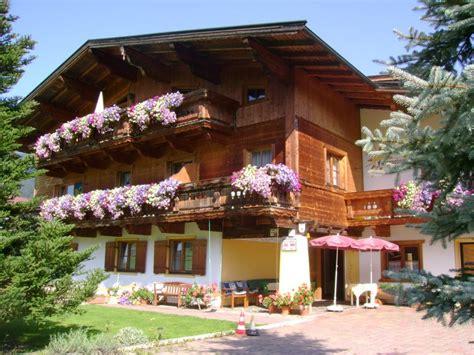 Haus Sonneck  Ferienwohnung  Zimmer  Söll Wilder