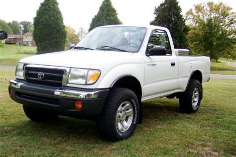 1999 Toyota Tacoma Photos