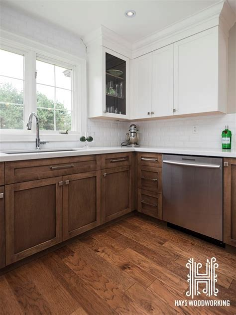 white stained kitchen cabinets 25 best ideas about walnut cabinets on walnut
