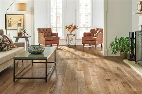 Best Wooden Flooring Ideas For Family Room With Leather