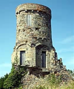 Bureau De Poste Tours Chateaubriand by Chateau De Montmorin Ch 226 Teau Fort De Montmorin
