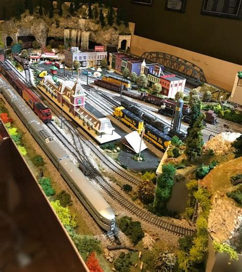 cals  ho scale railroad layout