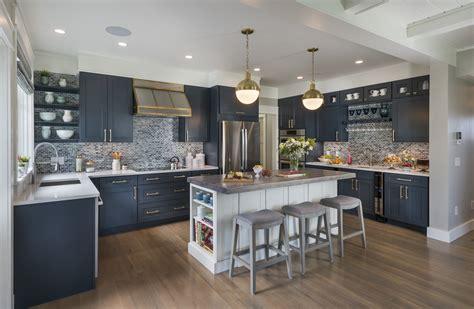 coastal kitchen creates subdued sophisticated nautical  builder magazine design