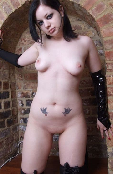 sexy goth emo girls nackt