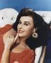 Dazzling Divas: Paulette Goddard