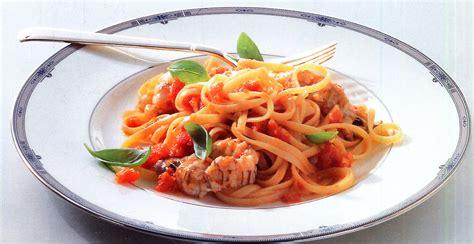 p 226 tes bavettine aux cigales de mer spaghetti aux gambas ou langoustine