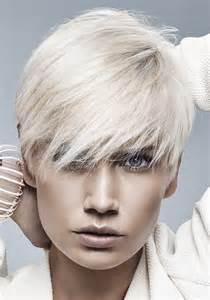 coupe de cheveux femme courte coupe cheveux courts on ose la coupe courte