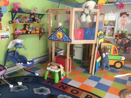 arlington ma preschool elizabeth s bilingual daycare amp preschool two locations 520