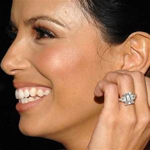 eva longoria supports this big emerald cut iceberg quoti With cut my teeth on wedding rings