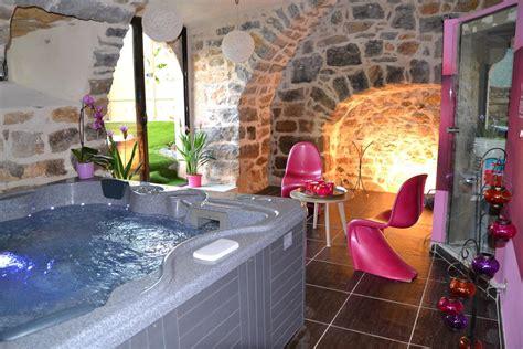 chambre spa chambre avec spa jaccuzzi privatif et hammam pour une nuit
