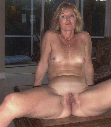 Rich bitch slut wife - PornHugo.Com