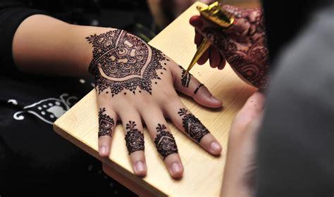 inked   henna artists  singapore honeycombers